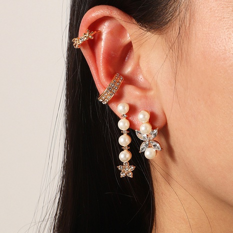 fashion C-shaped pearl earrings NHNZ322340's discount tags