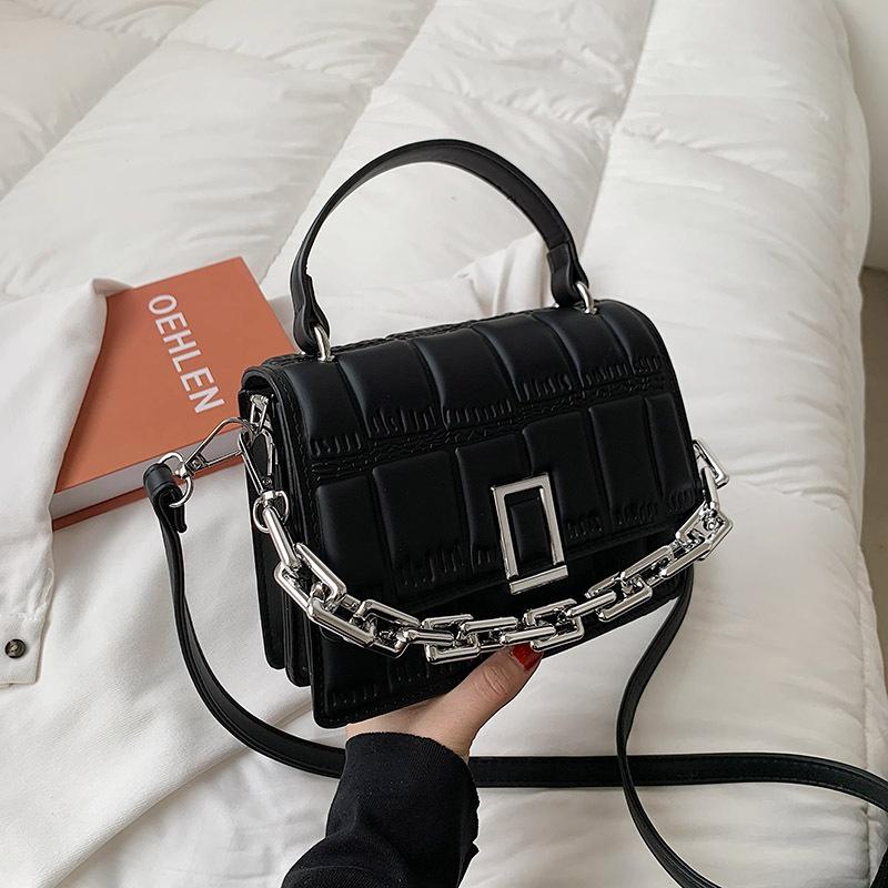 Fashion shoulder messenger portable bag NHTG323049