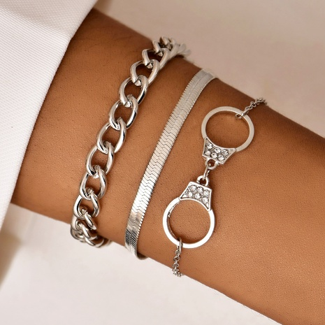 fashion new handcuffs bracelets NHAJ323307's discount tags