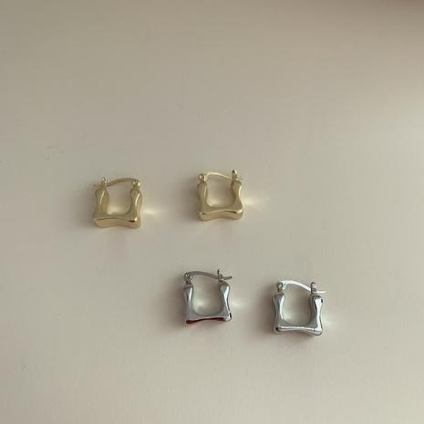 Mini pendiente pequeño cuadrado de metal simple de Corea NHYQ323415's discount tags