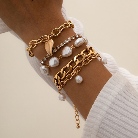 retro baroque imitation pearl bracelet NHXR323594's discount tags