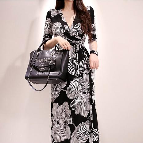 neues einfaches Kleid mit Retro-Print und V-Ausschnitt NHZN323750's discount tags