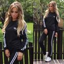 Sistema de la ropa deportiva casual del bordado del cuello redondo de la moda de las mujeres NHWA324654