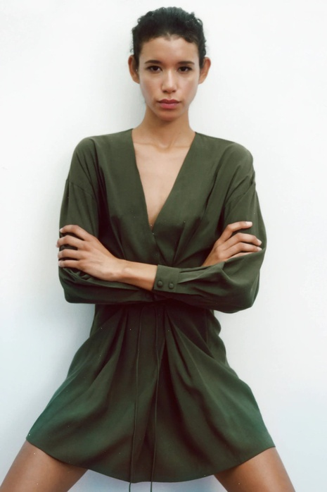 Mini vestido verde de manga larga con cinturón NHAM324316's discount tags