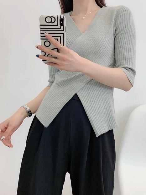 suéter de punto de manga media de color sólido dividido sexy NHAM324387's discount tags