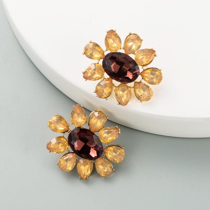 Korean simple rhinestone flower earrings NHLN324986