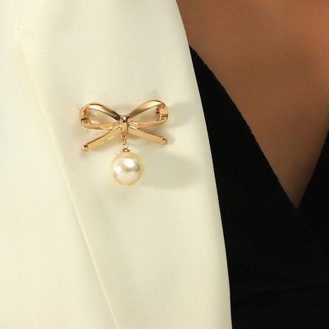 Broche à noeud de perle simple à la mode NHKQ318744's discount tags