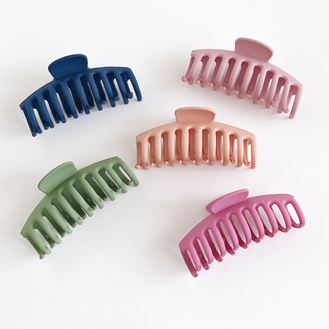 Classic frosted color hair clip NHCU318782's discount tags