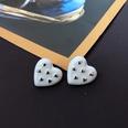 NHOM1469467-Heart-shaped-silver-needle-stud-earrings