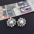NHOM1469526-Round-irregular-edge-silver-needle-stud-earrings