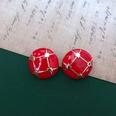 NHOM1469443-Round-red-check-silver-needle-2.2-cm