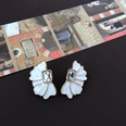 NHOM1469537-Petal-Rectangular-Diamond-Stud-Earrings