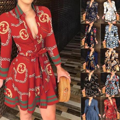 Langärmliges Kleid mit V-Ausschnitt und modischem Aufdruck NHUO319074's discount tags