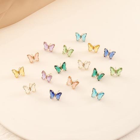 aretes de mariposa de diamantes con incrustaciones de circonitas de colores NHBW325919's discount tags