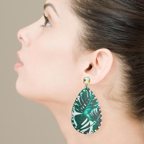 aretes de piel con estampado de hojas y diamantes de imitación NHLN326109's discount tags