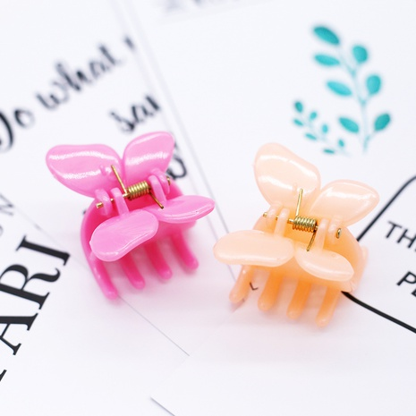Pinza de pelo plástica de la pequeña mariposa coreana NHDM326565's discount tags
