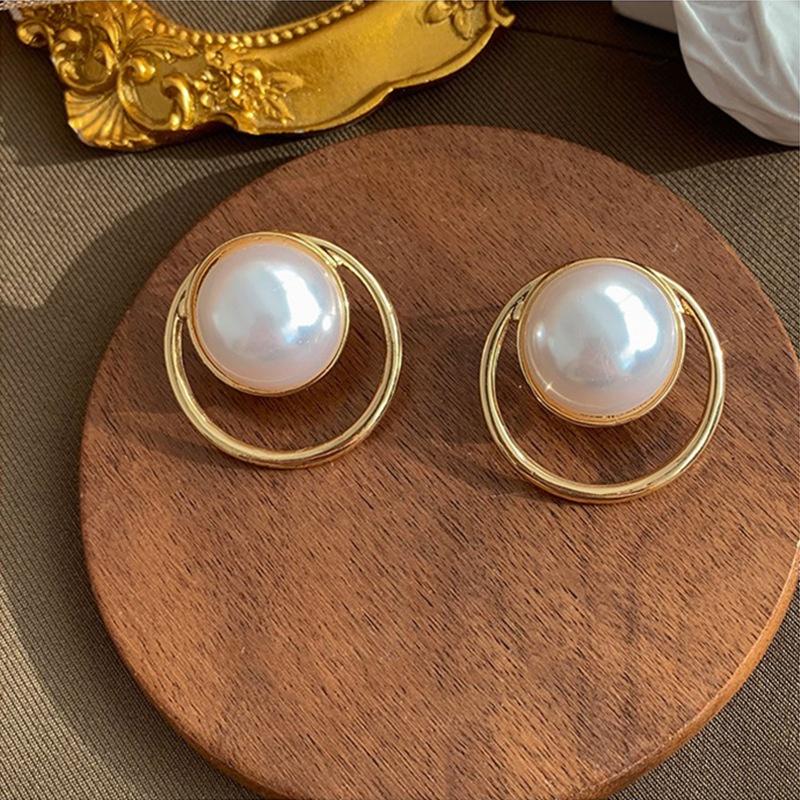 Korean geometric circle pearl earrings  NHAQ326940