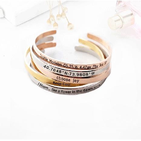 Schriftzug Edelstahl Paar Armband NHTF319930's discount tags