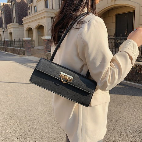 Simple one-shoulder bag lock handbag NHTG320362's discount tags
