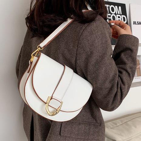 Fashion messenger bag underarm saddle bag NHTG320372's discount tags