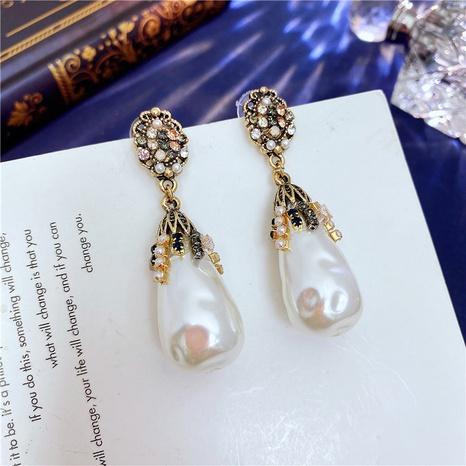 Retro Geometric Pearl Earrings Wholesale NHVA320684's discount tags