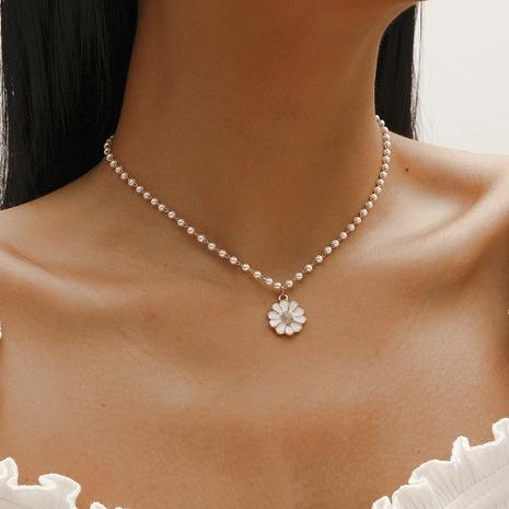 Collier de perles petites fleurs coréennes NHDP320800's discount tags