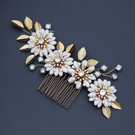 Baroque retro dripping comb handmade pearl hair comb NHHS321591's discount tags