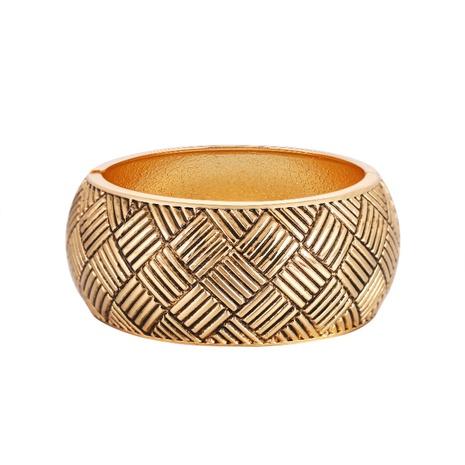 Bracelet en alliage à motif à chevrons croisés à larges bords NHBD334062's discount tags