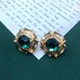 NHOM1551841-Green-straw-hat-silver-pin-stud-earrings