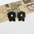 NHOM1551901-Black-Folded-925-Silver-Stud-Earrings