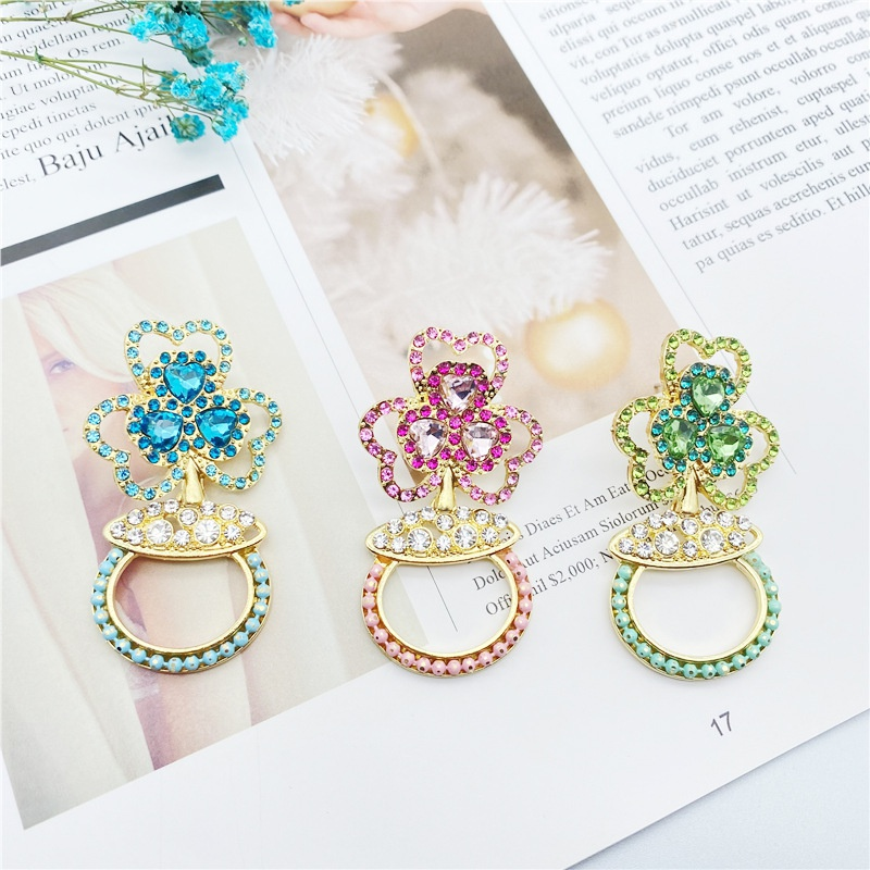 Fashion shamrock full diamond earrings wholesale NHHER335569