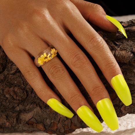 anillo de flores incrustado de resina creativa de moda NHGY336154's discount tags