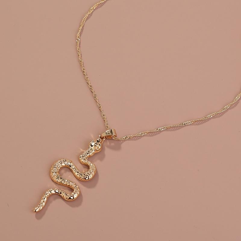 Retro singlelayer snakeshaped winding necklace NHAN336217