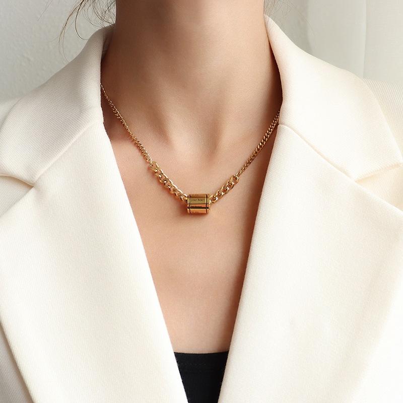 Fashion drop oil geometric titanium steel necklace wholesale NHOK336309