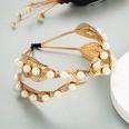 NHLN1555938-Leaf-pearl