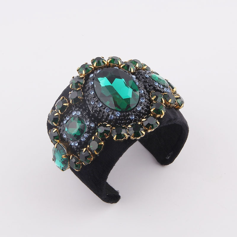 Baroque diamond metal bracelet wholesale NHWJ336530