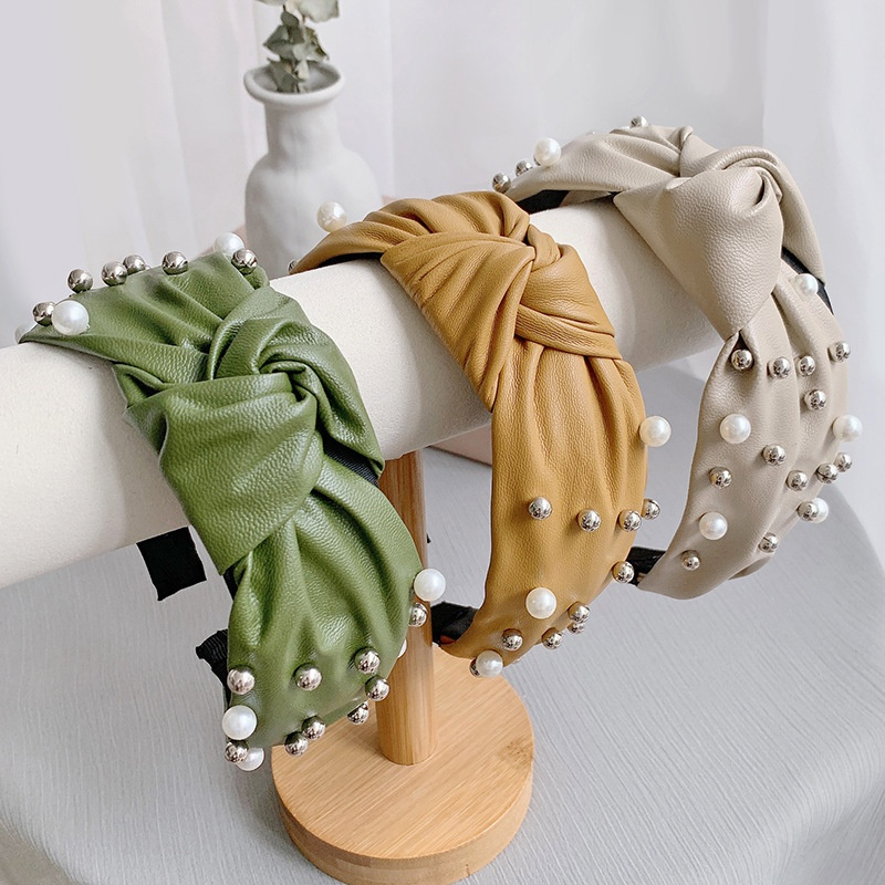 Korean leather wide side knotted pearl headband NHWB336851