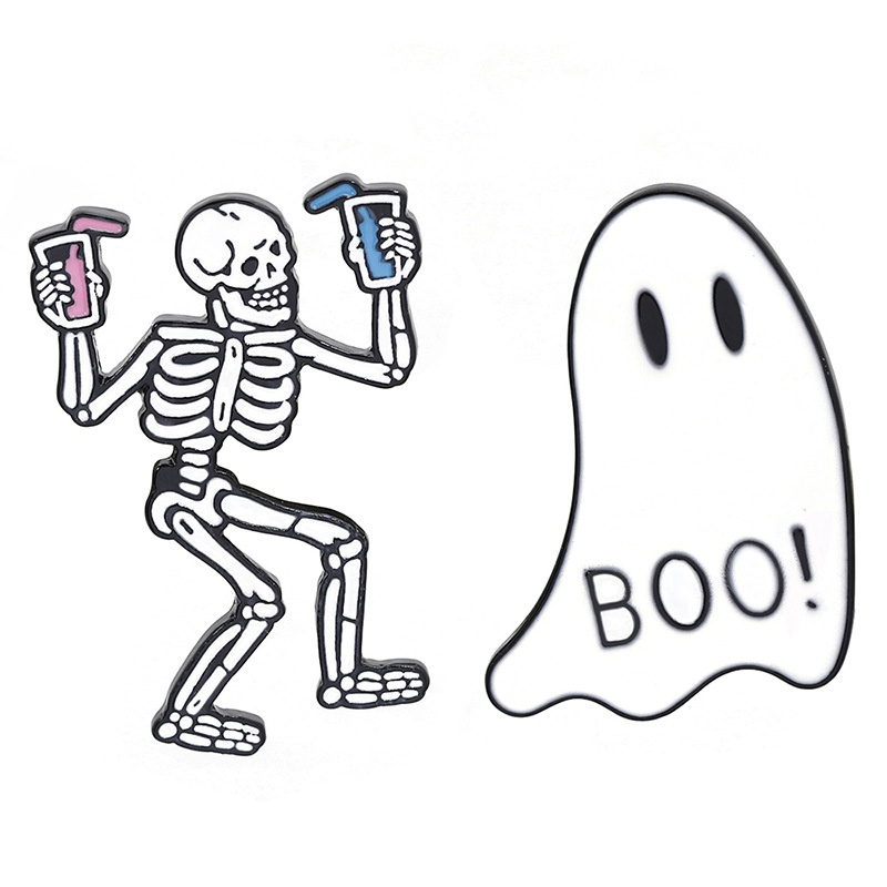 retro Halloween fun skull brooch NHCU337245