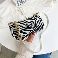 Mode schwarz weiß gestreifte Achsel Canvas Tasche NHXC337317
