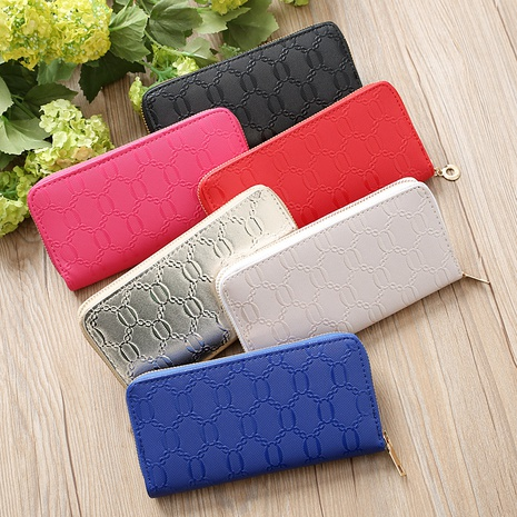 Korean chain pattern glossy clutch bag  NHLAN337339's discount tags