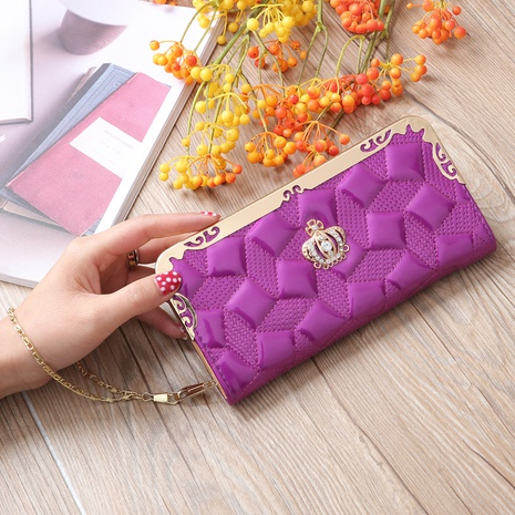 Korean crown diamond clutch bag NHLAN337349's discount tags
