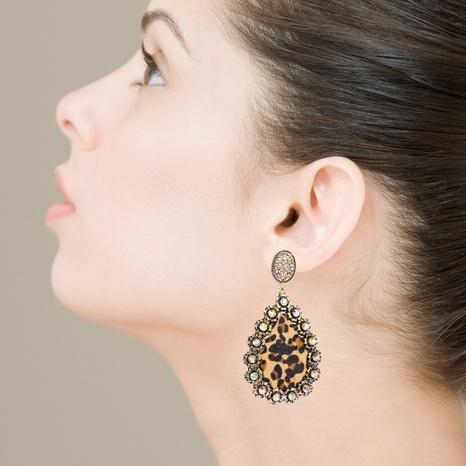 Ohrringe aus Paillettenleder mit Leopardenmuster aus Boho-Pailletten NHLN337877's discount tags