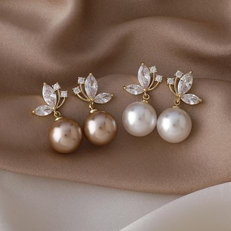 Koreanische Perle mikro-eingelegte Zirkon Schmetterling Kupfer Ohrringe Großhandel NHMS337830's discount tags