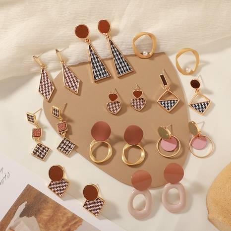 boucles d'oreilles géométriques rétro en treillis NHWB338039's discount tags