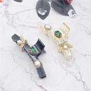 new baroque retro palace style bee diamonds clip NHHER338117