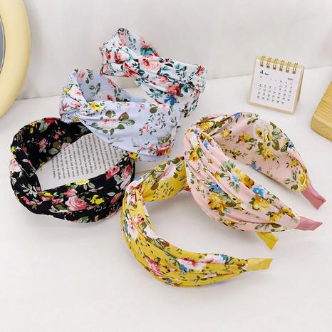 Wholesale retro printed fabric hair band floral headband NHQC340139's discount tags