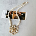 NHOM1573705-Crystal-flower-glass-pearl-necklace