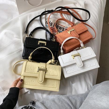 Chaîne de mode gaufrage épaule Messenger petit sac carré portable en gros NHLH340998's discount tags