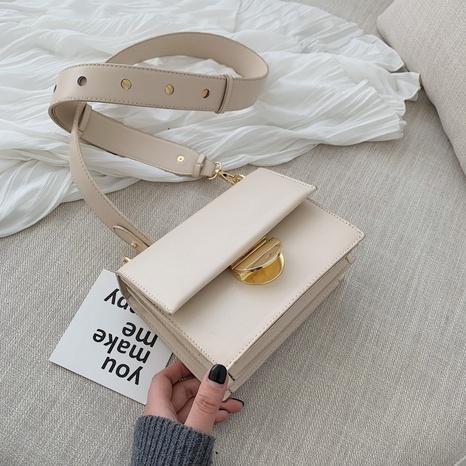 Mode large bandoulière Messenger épaule petit sac carré en gros NHLH341011's discount tags