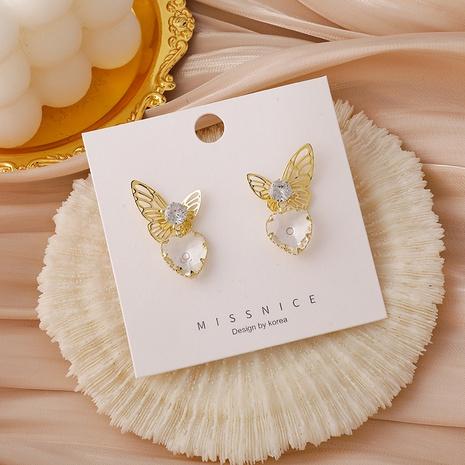 Mode herzförmige hohle Schmetterling mikro-eingelegte Zirkon Kupfer Ohrringe Großhandel NHMS341202's discount tags